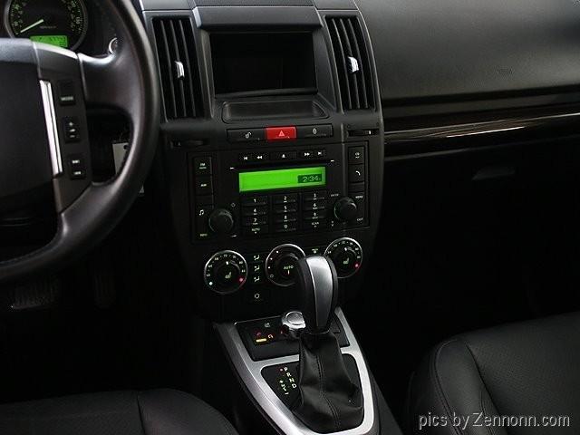 Land Rover LR2 2010 price $10,990