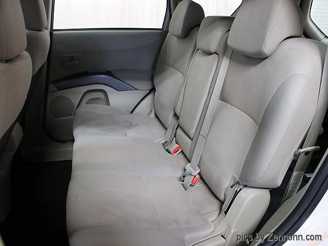 Mitsubishi Outlander 2007 price $4,990