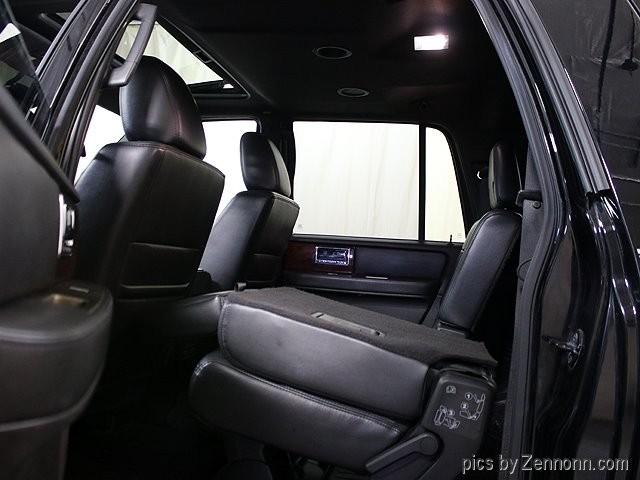 Lincoln Navigator L 2012 price $18,890