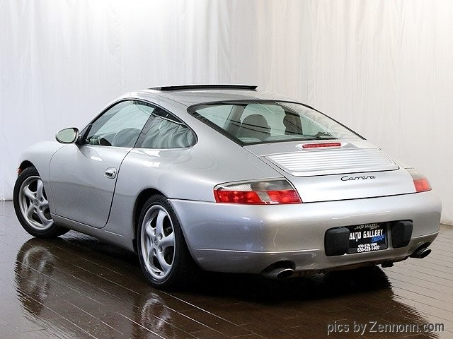 Porsche 911 Carrera 2001 price $15,990