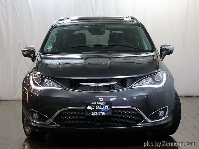 Chrysler Pacifica 2018 price $36,990