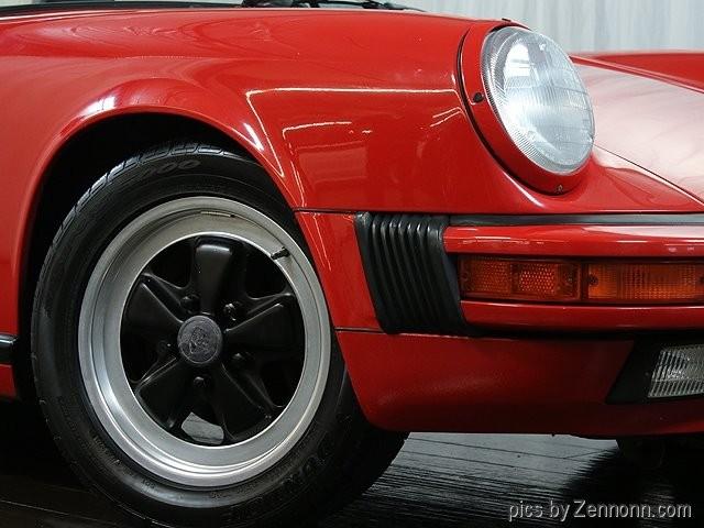 Porsche 911 1988 price $54,990