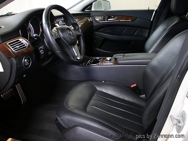 Mercedes-Benz CLS550 2012 price $19,990