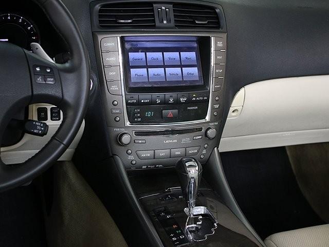 Lexus IS 350C 2010 price $16,990