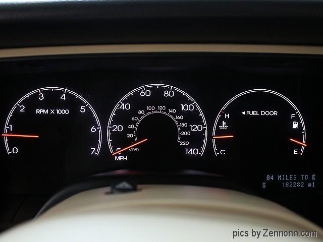 Lincoln Navigator 2005 price $4,490