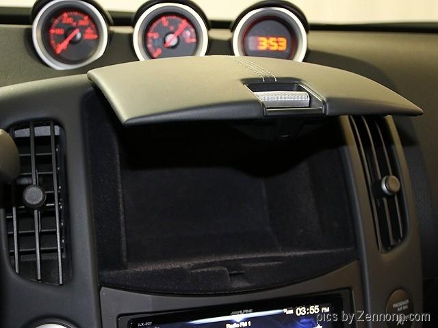 Nissan 370Z 2015 price $21,990