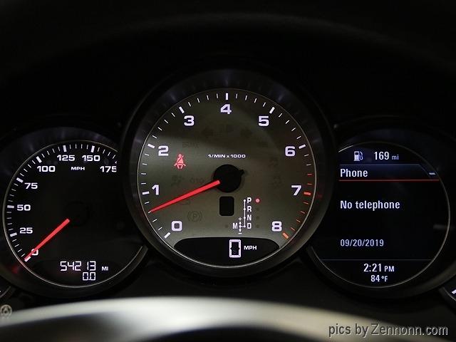 Porsche Cayenne 2014 price $31,990