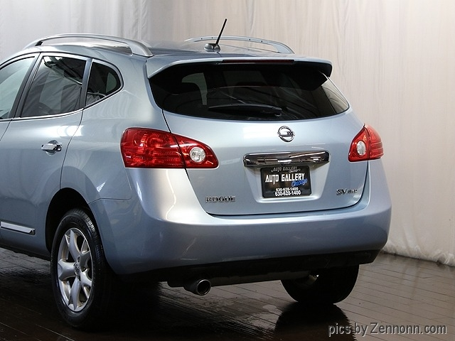 Nissan Rogue 2011 price $9,990