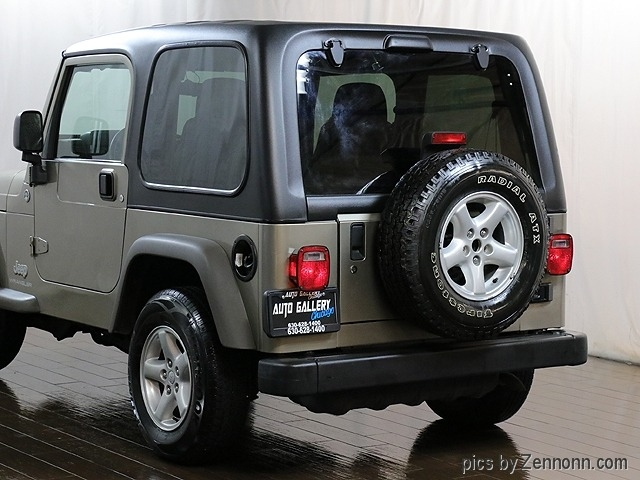 Jeep Wrangler 2005 price $11,990