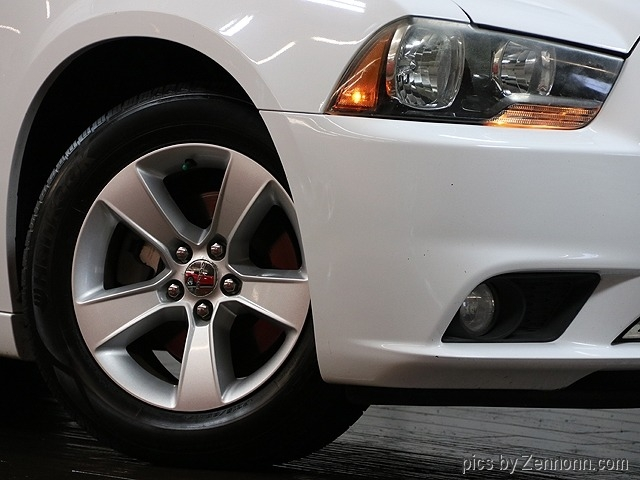 Dodge Charger 2011 price $8,990