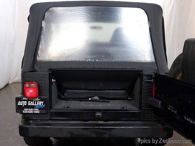 Jeep Wrangler 2002 price $9,990