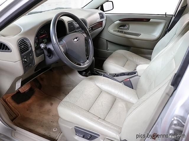 Volvo S40 2004 price $3,890
