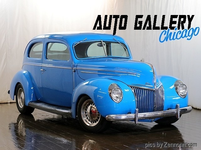 Ford Deluxe Tudor Sedan 1939 price $24,990
