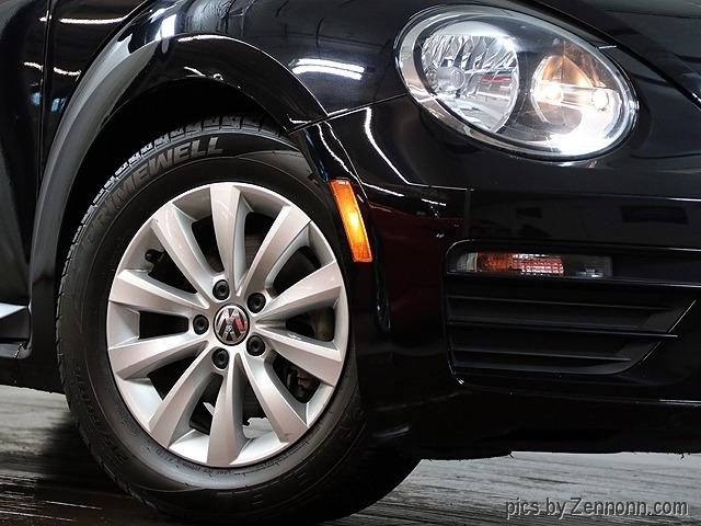 Volkswagen Beetle 2017 price $11,990