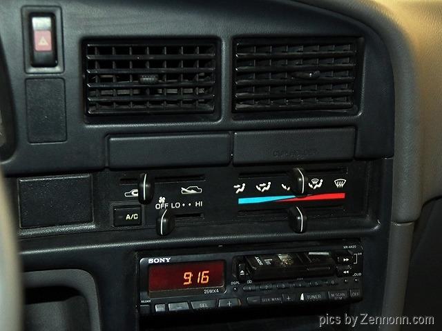 Toyota 2WD Pickups 1993 price $6,990