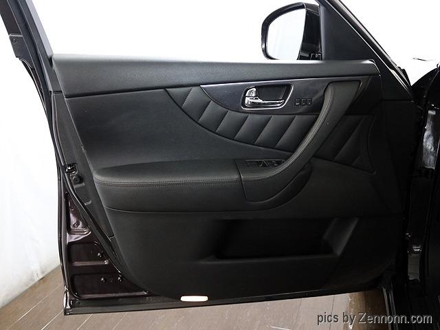 Infiniti FX35 2010 price $12,990