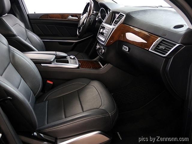 Mercedes-Benz GL550 2015 price $35,990