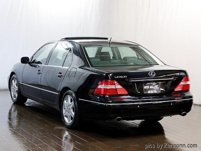 Lexus LS 430 2004 price $4,490