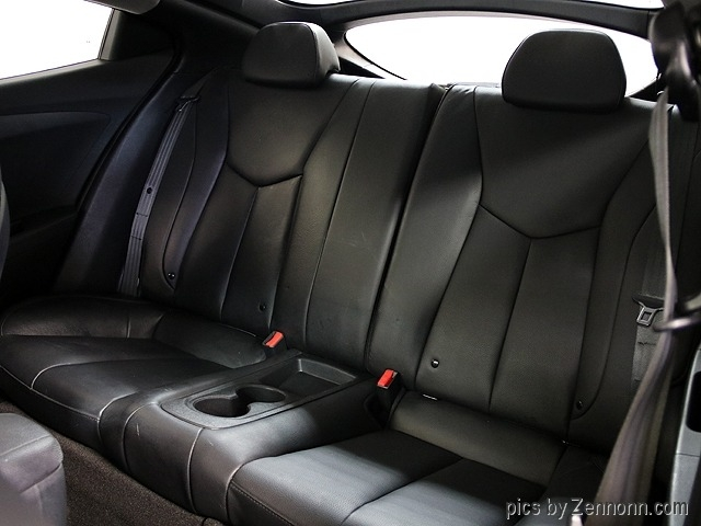 Hyundai Veloster 2015 price $8,990