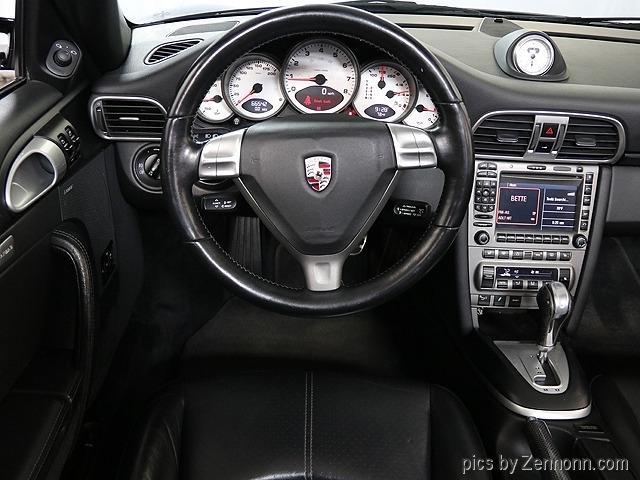Porsche 911 2007 price $35,990