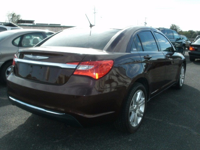 Chrysler 200 2012 price $6,500 Cash