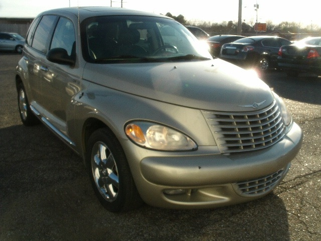 Chrysler PT Cruiser 2005 price $4,000 Cash