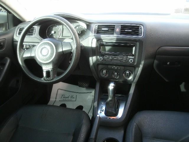 Volkswagen Jetta Sedan 2012 price $5,000 Cash