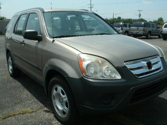 Honda CR-V 2005 price $5,800 Cash