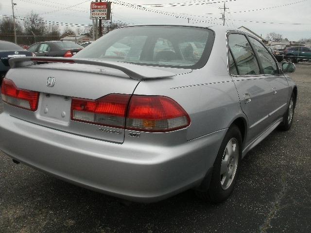 Honda Accord Sdn 2001 price $4,000 Cash