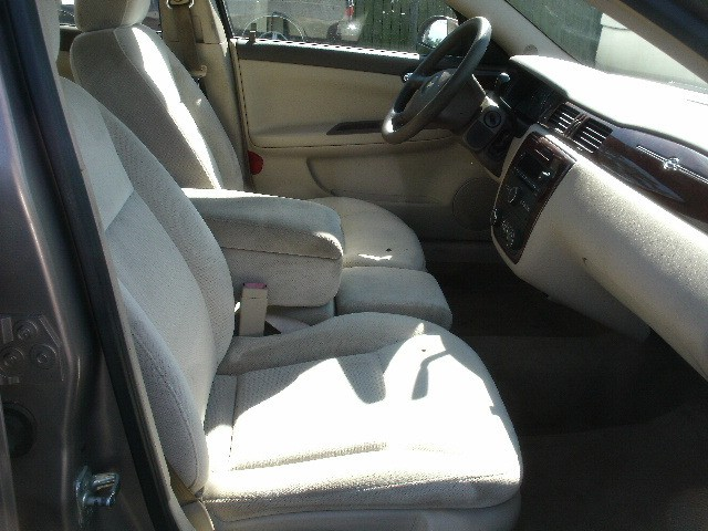 Chevrolet Impala 2006 price $4,500 Cash
