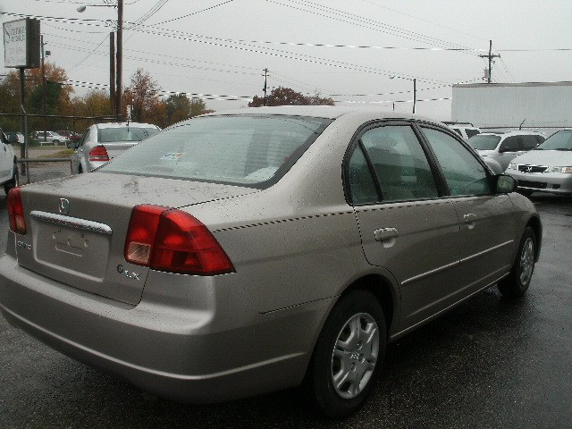 Honda Civic 2002 price $2,900 Cash