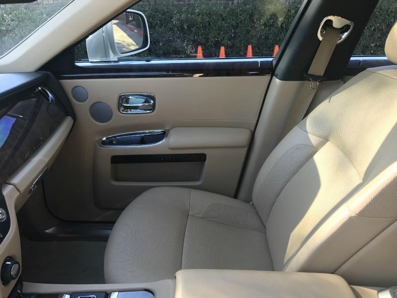 Rolls-Royce Ghost 2011 price $119,560