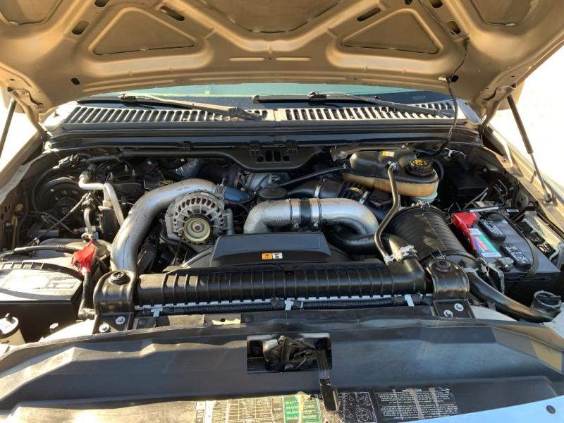 Ford Super Duty F-350 DRW 2006 price $17,800