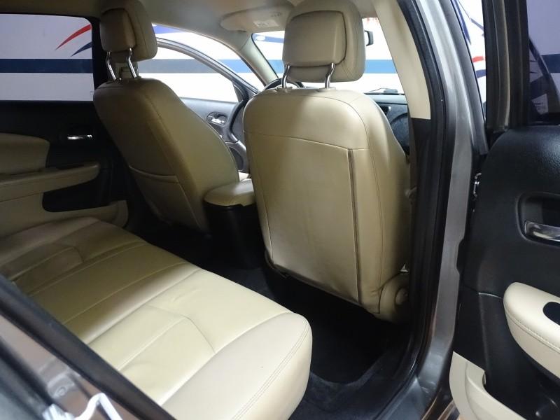 Chrysler 200 2012 price $8,995