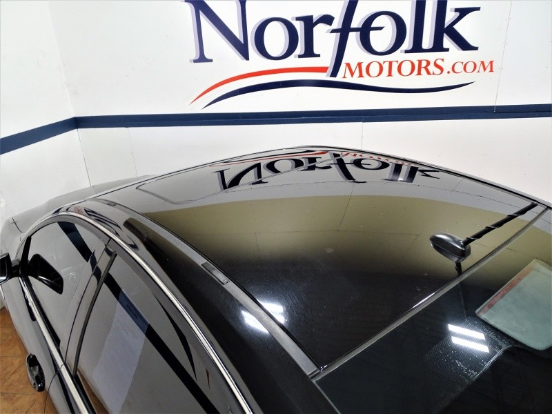 Pontiac G8 2009 price $9,895