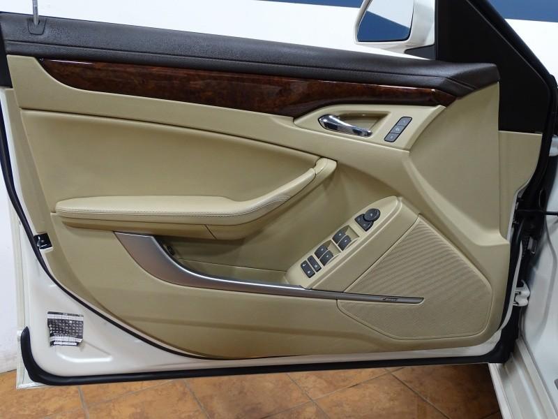 Cadillac CTS Sedan 2011 price $11,995