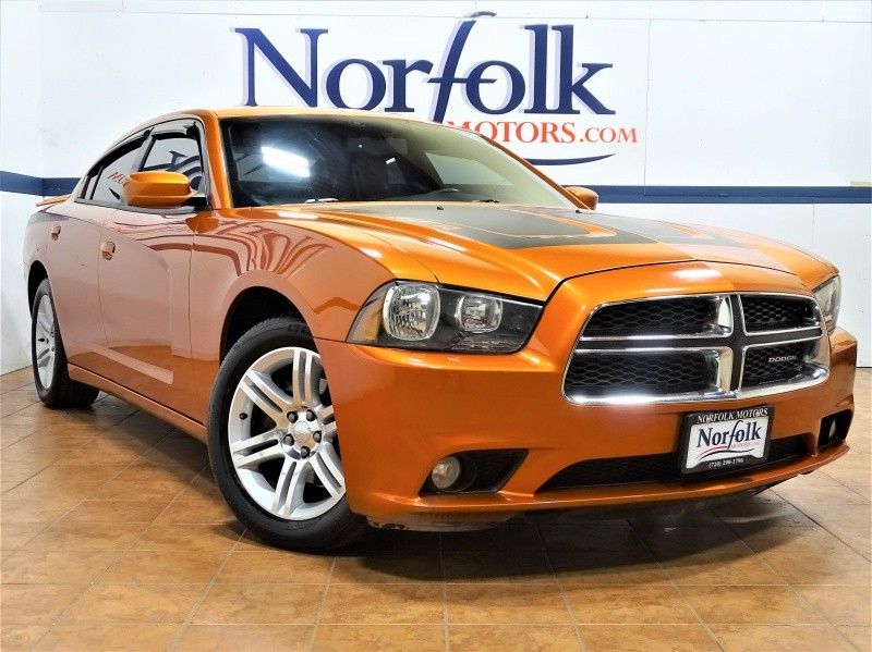 Dodge Charger 2011 price $10,995