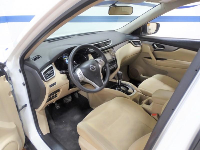 Nissan Rogue 2016 price $15,495