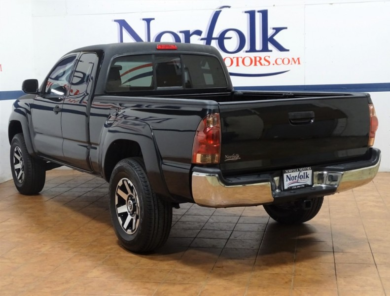 Toyota Tacoma 2007 price $14,895