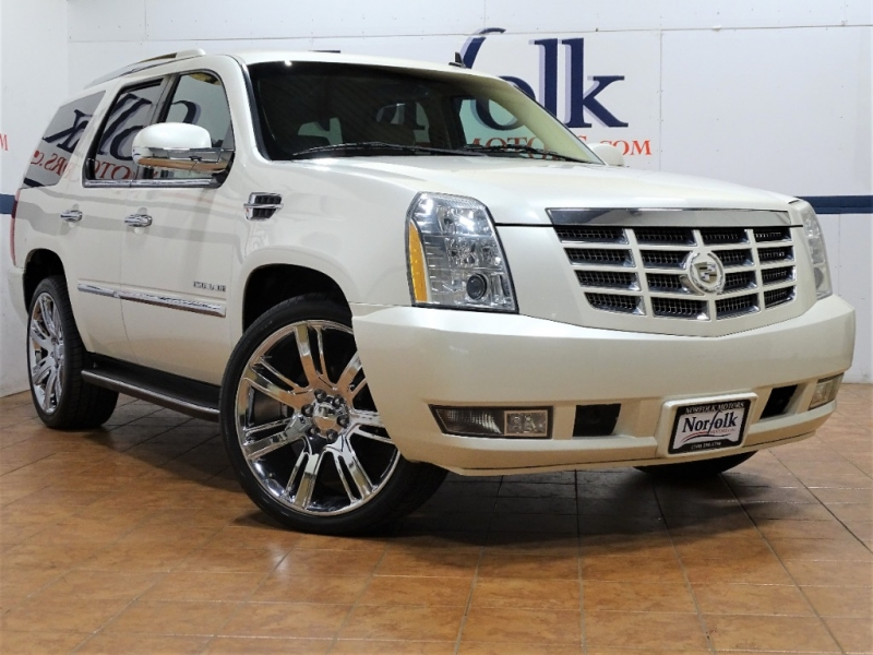 Cadillac Escalade 2010 price $18,995