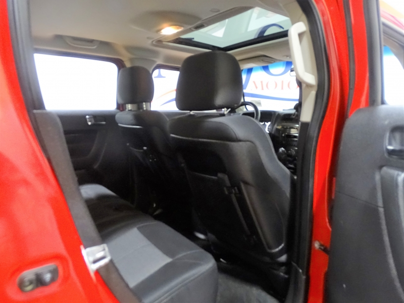 Hummer H3 2008 price $12,995