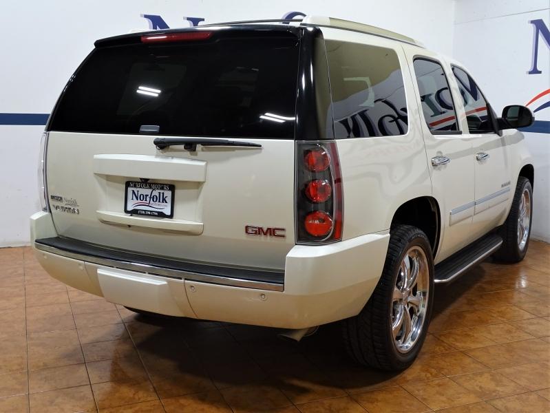 GMC Yukon Denali 2009 price $13,995