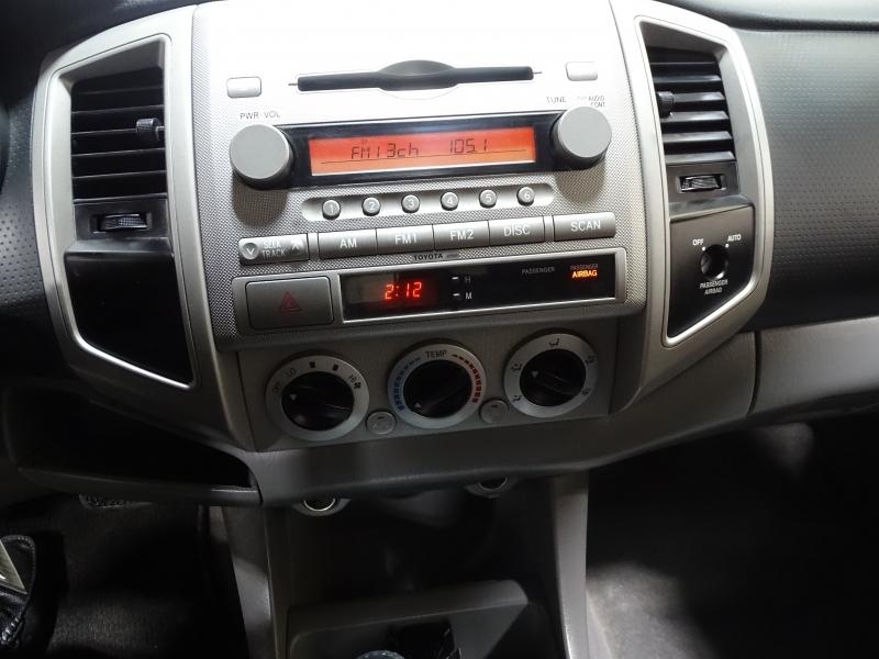 Toyota Tacoma 2006 price $9,495
