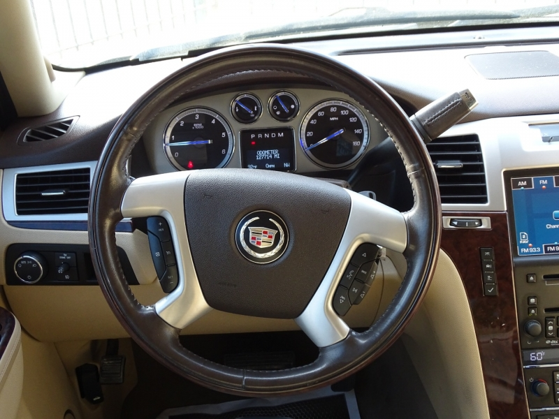 Cadillac Escalade 2010 price $16,995