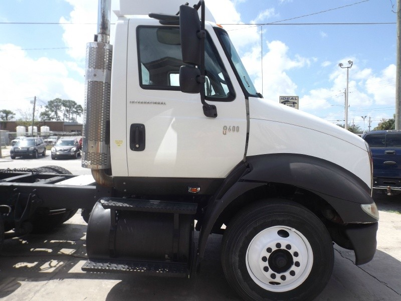 International 8000 SERIES 8600 2007 price $17,990