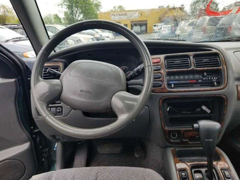 Suzuki XL-7 2001 price $995 Cash