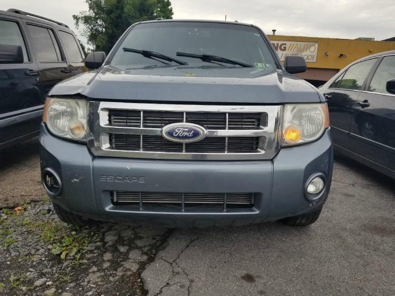 Ford Escape 2010 price $2,295 Cash