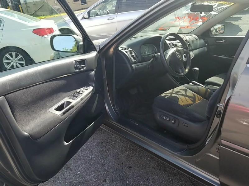 Toyota Camry 2004 price $2,995 Cash