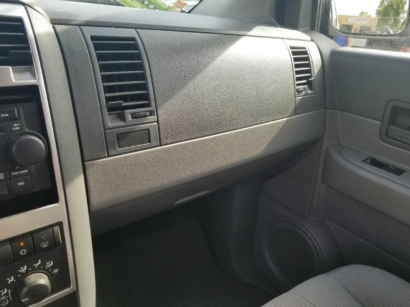 Dodge Durango 2004 price $1,795 Cash