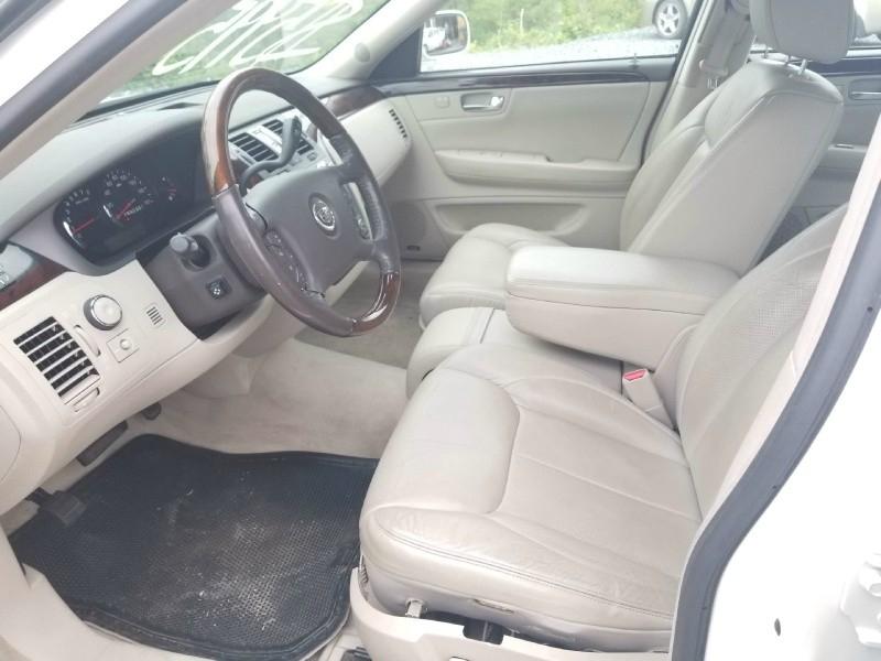 Cadillac DTS 2007 price $5,995 Cash
